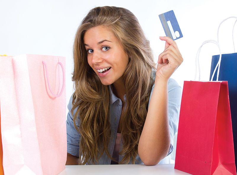 Woman CCard ShoppingBag Thumbnail